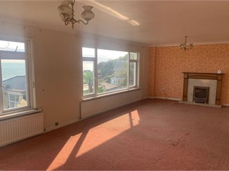 2 bed end of terrace house in Ventnor