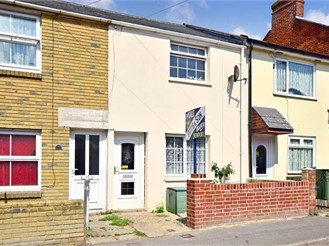 2 bedroom terraced house in Newport