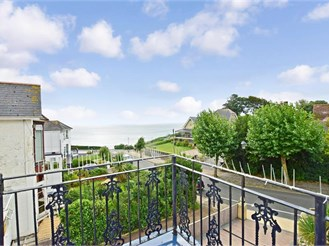 4 bedroom character property in Shanklin