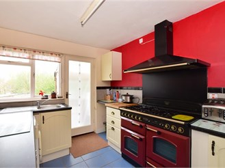 2 bedroom ground floor maisonette in East Cowes