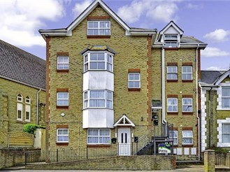 1 bedroom top floor flat in Shanklin