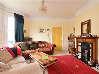4 bedroom semi-detached house in Shanklin
