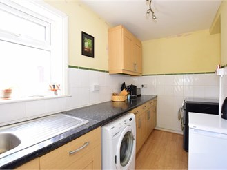 3 bedroom semi-detached house in Sandown