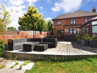 5 bedroom detached house in Apse Heath