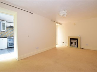 1 bedroom ground floor flat in Bonchurch, Ventnor