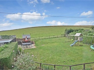 3 bedroom semi-detached house in Whitwell, Ventnor