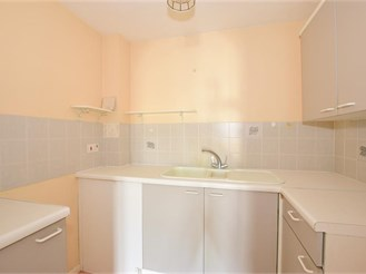 1 bedroom top floor retirement flat in Sandown