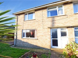 4 bedroom semi-detached house in Freshwater