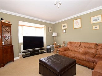4 bedroom detached house in Shanklin