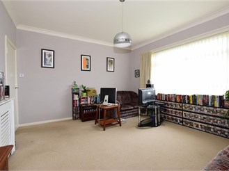 2 bedroom first floor apartment in Shanklin
