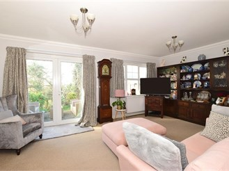 3 bedroom chalet bungalow in Cowes