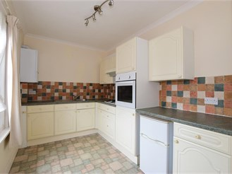 1 bedroom top floor maisonette in Ryde