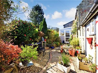 2 bedroom cottage in Niton, Ventnor