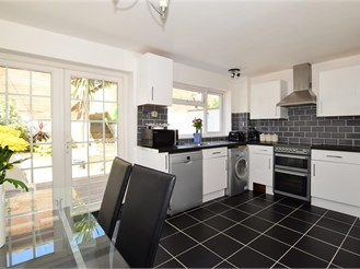 3 bedroom terraced house in Cowes