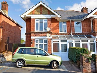 2 bedroom first floor converted flat in Shanklin