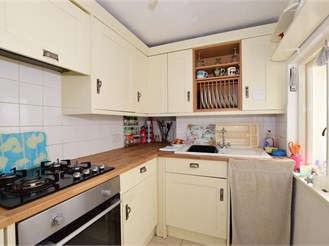 2 bed terraced house in Sandown
