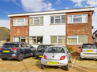 2 bed ground floor flat in Sandown