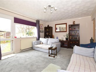 5 bed semi-detached house in Sandown