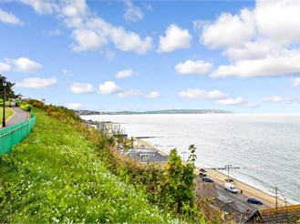 2 bed ground floor apartment in Shanklin