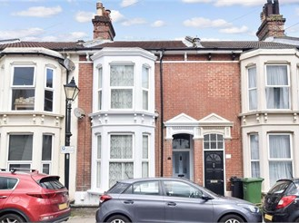 4 bed terraced house in Southsea