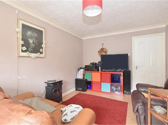 2 bed first floor flat in Southsea