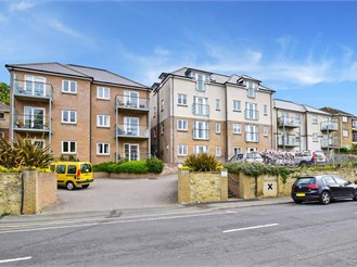 2 bed second floor apartment in Shanklin